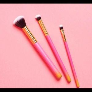 Luxie Summer Daze 3pc Brush Set